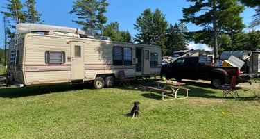 River Pines RV Park and Campgrounds