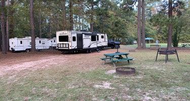 Woodsy Hollow Campground & RV Resort
