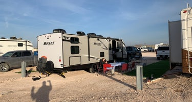 The Rise at Monahans - Lodge and RV Park