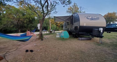 Barefoot Camp and RV Park