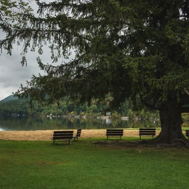 Perfect spot to sit and watch over Lake Dunmore.