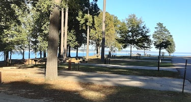 COE Enid Lake Persimmon Hill Campground