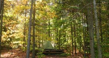 D Acres Farm - Hostel & Campground