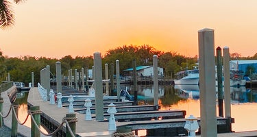 Everglades Isle Motorcoach Retreat