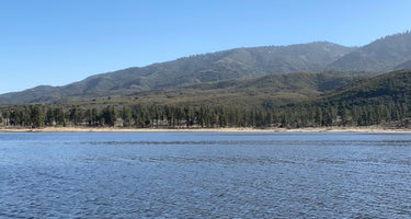 Lake Hemet Campground