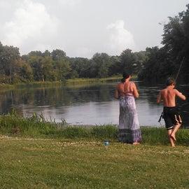 Fishing at Pride Lake, bass, bluegill, sun fish, catfish, turtles
