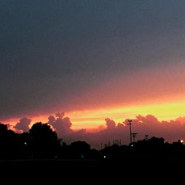 Sunset over the town of Neligh