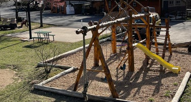Branson Treehouse Adventures & RV Park