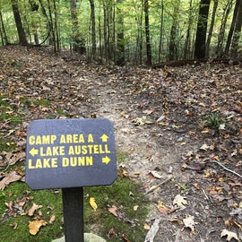 The Lake Dunn trail was well marked