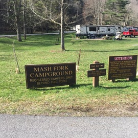 Signage as you enter the campground area.