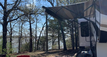 Lake McMurtry West Campground