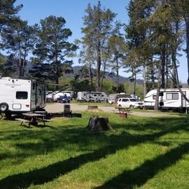 Rv camping in front of bbn us