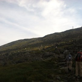 Hiking up from the hut to the summit