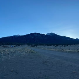 beautiful morning view of the mountain!