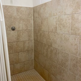 Very clean shower. Only one stall.