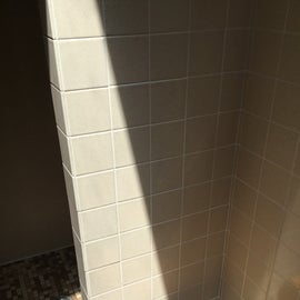 dry area in ladies shower stalls