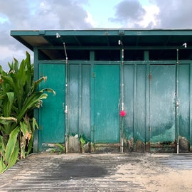 Outdoor beach showers, the stalls are closed at this time