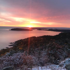 sunrise from sugarloaf mountain, short drive from the campground