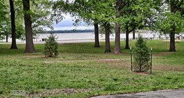 Lake Carlyle - COE/McNair Campground