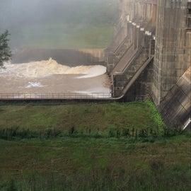 Nimrod Dam with high water
