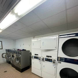like a real laundromat