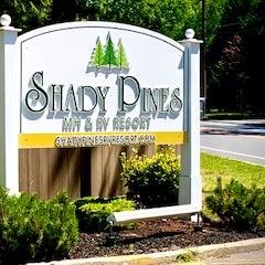 Shady Pines - Entrance