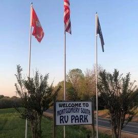 Entrance to the RV park! Semper Fi!