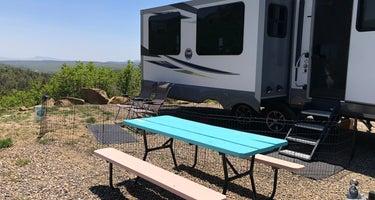 Raton Pass Camp & Cafe