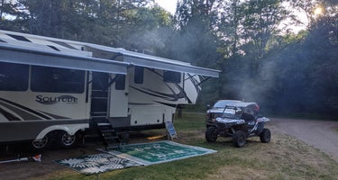 Wildhurst Lodge and Campground