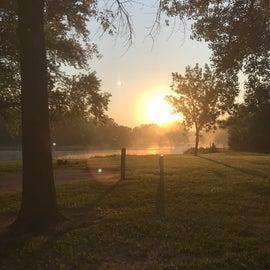 sun rise ver Lake 1