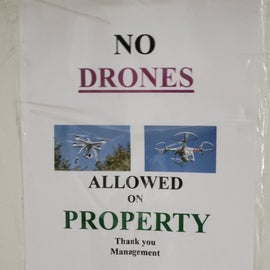 sign in laundry room