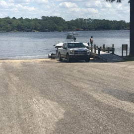 Excellent boat ramp, lots of truck and trailer parking.