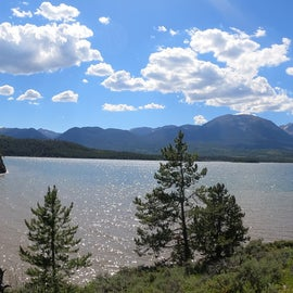 """Short walk from D loop to a """"beach"""" area on Lake Dillon"""