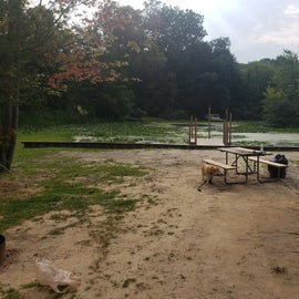our lakefront site, no boat