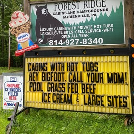 Forest Ridge Cabins & Campgrounds Sign