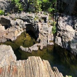 coos Canyon - jump spot