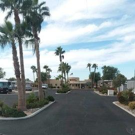 entrance to Del Pueblo 55+ RV Resort