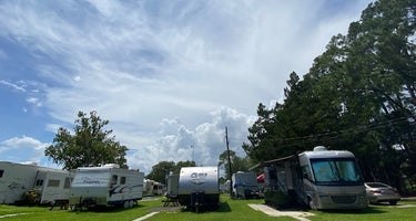 Fleetwood Mobile Home and RV Park