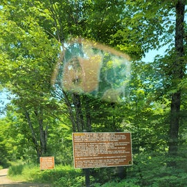 Signs at road entrance off 41
