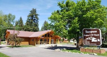 Beargrass Lodging & RV Resort