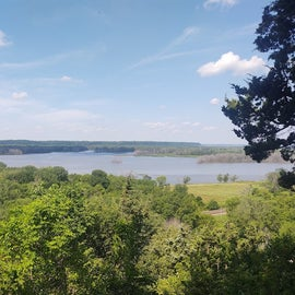 View of the Mississippi River from one of the bluffs