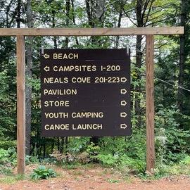 Pawtuckaway St Park directional sign