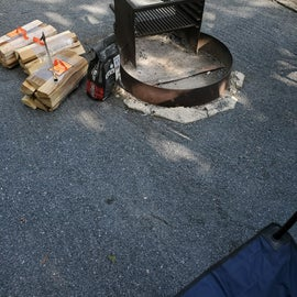 Picture of the grill/fire pit