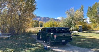 Wilderness Expeditions RV Park