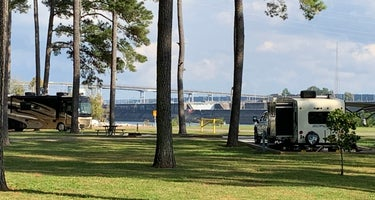 Pickwick Dam Tailwater Campground