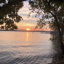 Sunset on Kerr Lake